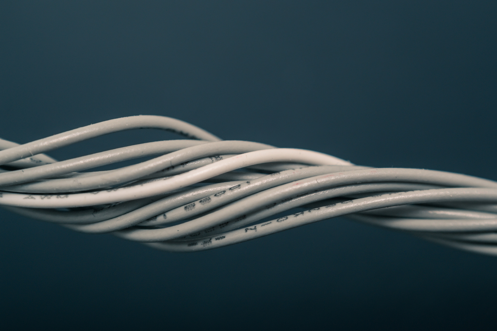 Winding cables